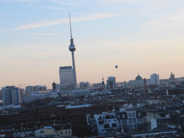 #etp30: Ode an den Plattenbau. Ernst-Thälmann-Park und Berlin von oben. Copyright: Kulturschoxx/Susanne Gietl