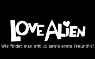 Love Alien: Hat Amor ihn vergessen? Love Alien. Copyright: Love Alien